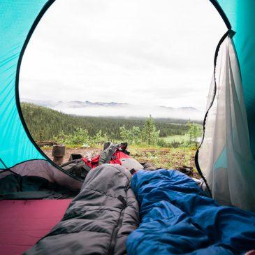 Letvægts soveposer: Alt du skal vide for at vælge den rigtige sovepose
