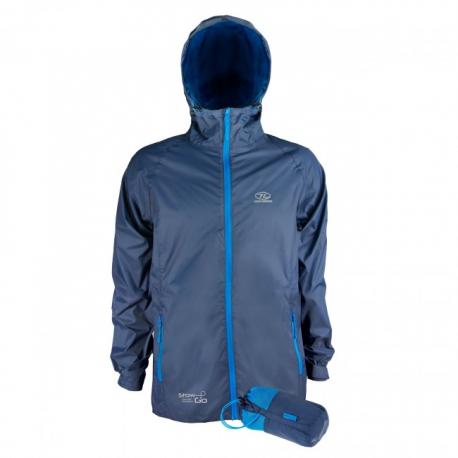 Stow&Go vandtæt jakke fra Highlander, der kan pakkes sammen, så den ikke fylder meget under rejsen.